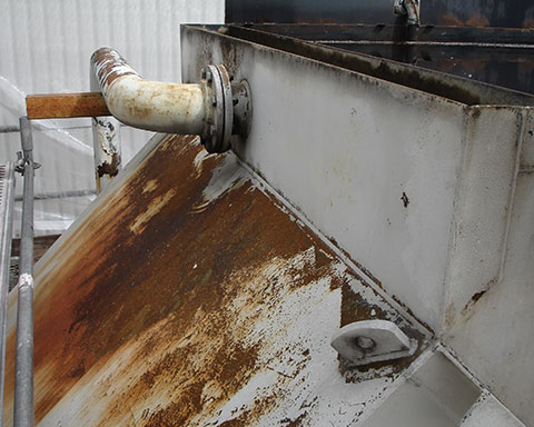 Corroded-steel-tank-at-a-treatment-plant