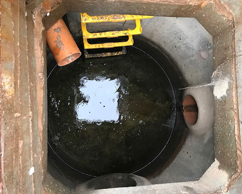 Leaking-Rainwater-Havesting-Tank